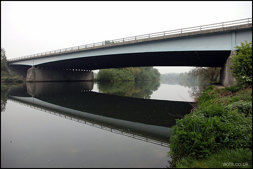 M3 Chertsey bridge