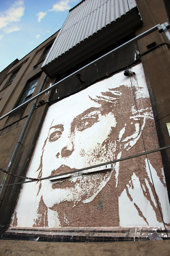photo of Vhils face